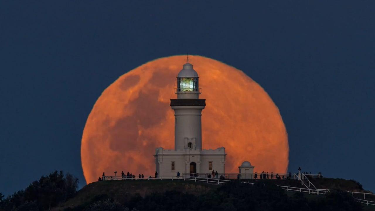 Magnifique lever de Lune, exceptionnel !