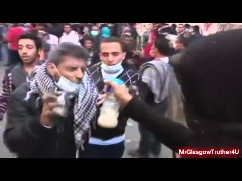 BREAKING NEWS - Egyptian Police Using WWI Gas Bromine Cyanogen On Protesters