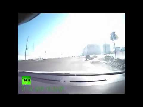 Meteor Slams into Russia Footage 2013 (HD)