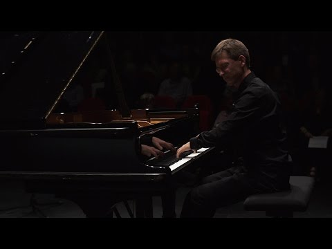 S. Rachmaninov. Pieces-fantasies, op. 3 - V. Gryaznov, piano
