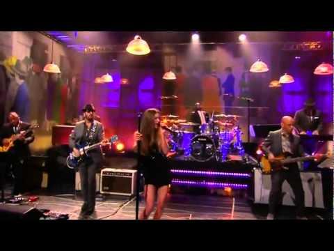 Joss Stone - Karma (Live T Show - July 11 2011)