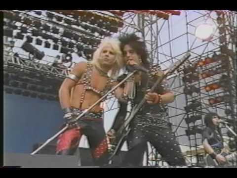 Mötly Crüe - Looks that kill