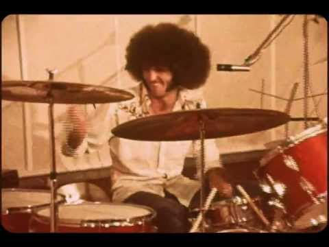 Grand Funk Railroad - We're An American Band song [promo]