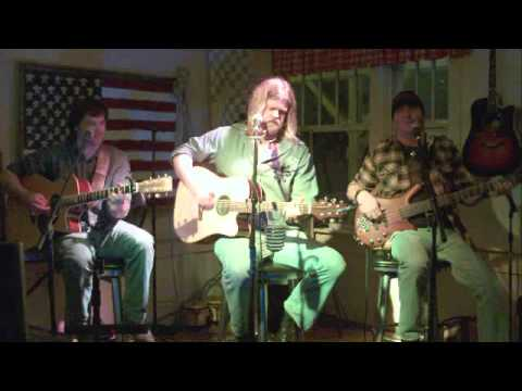 """Brit Stokes, Justin Zimmern & Jerry Lee Combs singing """"If the Buzz Fits Wear It"""" at the Fontanel"""