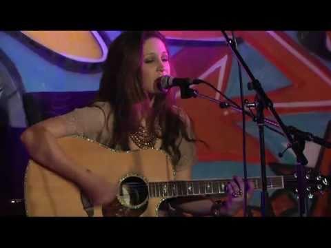 Nicole Johnson Nashville Hootenanny