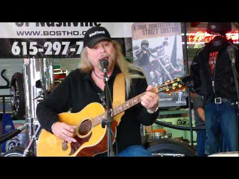 Don McNatt playing a Love Song for his lovely wife Karen on the NashvilleEar.com Songwriter Stage