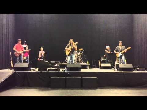 Gibson Cage Rehearsal