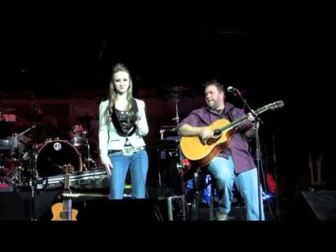 VOTE FOR LAUREN ELISE TO SING WITH SARA EVANS AT CMA FEST 2013!
