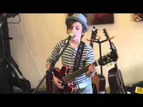 'Talking to the Moon' - Bruno Mars Cover