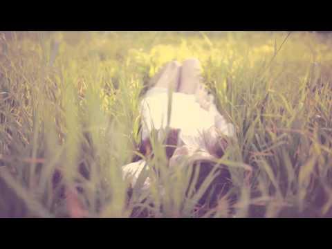 I'm the Melody Lyric video by Karoline Rhett