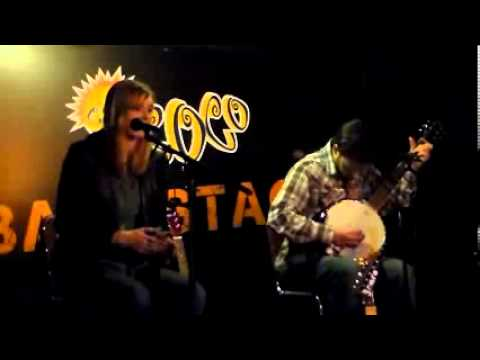 The Snares performing 'Wildwood Flower' at Cafe Coco Nashville, TN 5