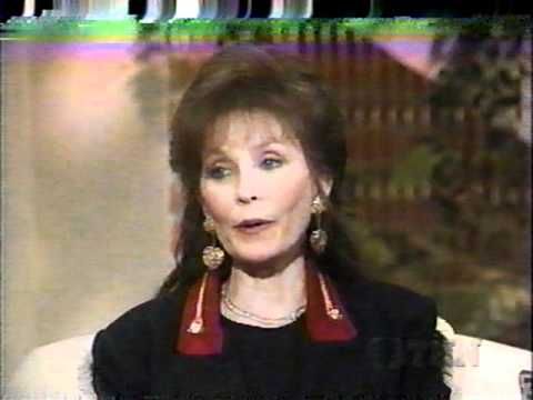 """Loretta & Cissy Lynn sings """" Rodeo Lady """" Interview with Crook & Chase 1994"""