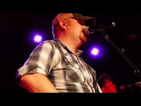 """Tom Dixon Live - """"The One"""" - Toby Keith's I Love This Bar & Grill"""