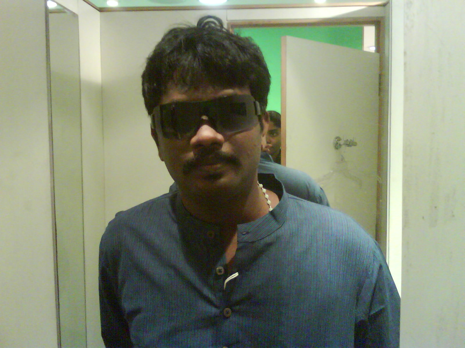 R M Vijay Amirtharaj
