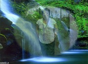 na cachoeira