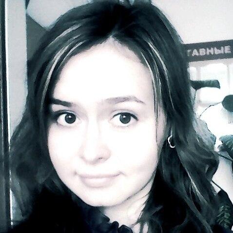 Женя Корепанова