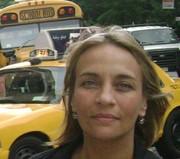 Alejandra Santos