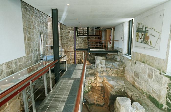 exposição no Arqueossítio