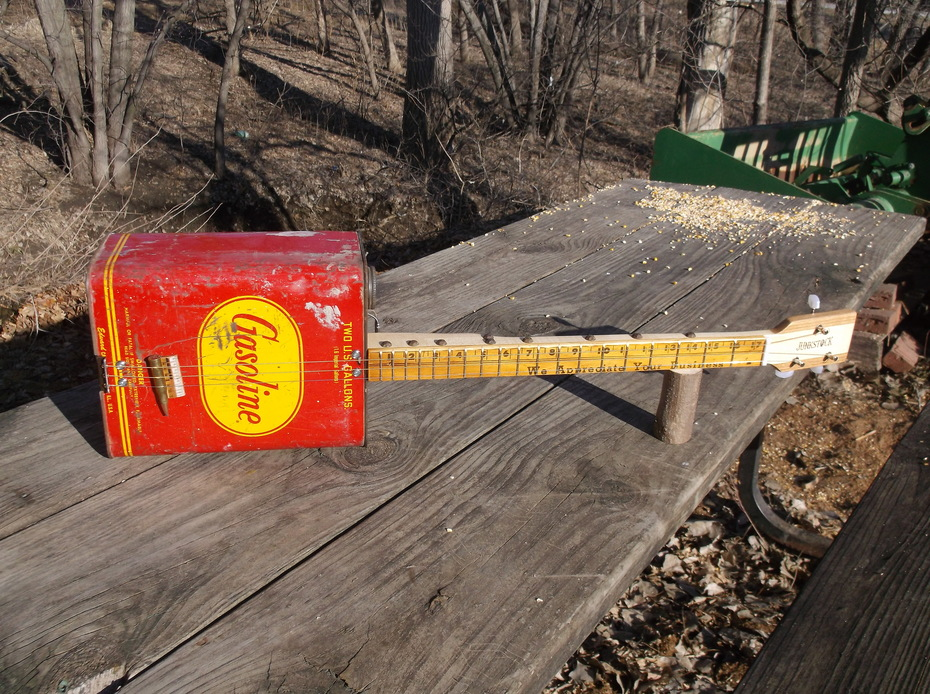 Junkstock Gas Can Guitar