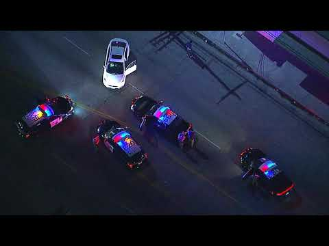 Car chase ends with suspect breakdancing (Funny AF)