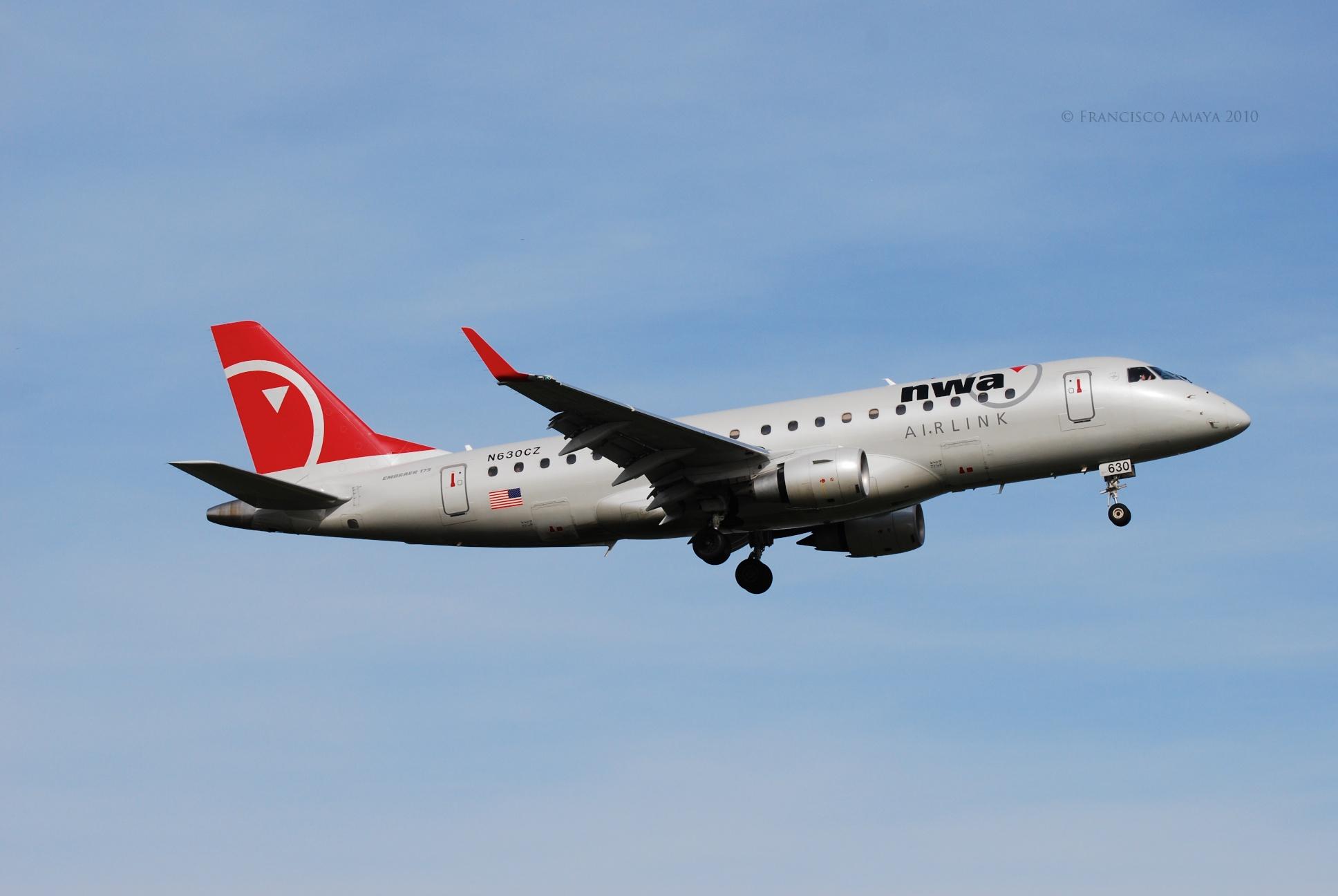 Compass Airlines ERJ-170-200LR (N630CZ)
