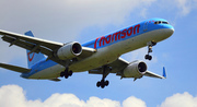 Thomson 757-204  G-OOBR