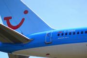 Thomson 757-204  G-OOBR.