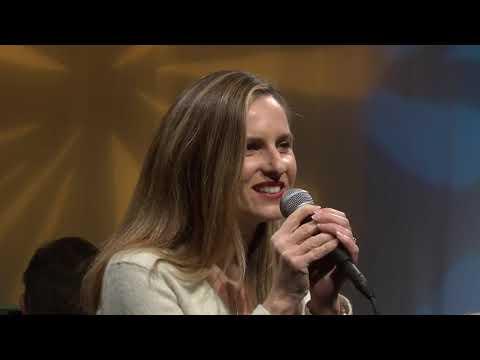 Spotlight - 70 - Larissa Kelloway & Russell Deason - Bobby Weinapple
