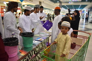 Distributing Reusable bags to customers at Lulu Hypermarket
