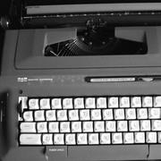 Rachel Tischler's The Secretary, An 8-hour Performance with Typewriter