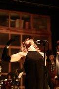 MÚSICA: 2 SONGS 4 VOWW - Voices of Women Worldwide
