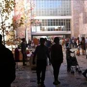 FEIRAS: Mercado de livros, discos e filmes