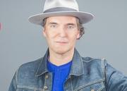 MÚSICA: Miguel Ângelo
