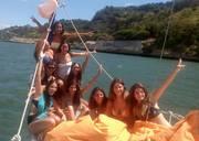 2H boat tour in lisbon