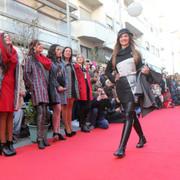 FESTAS: Moda na Rua e Passagem de Modelos