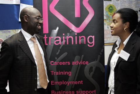 24_-_KIS_training_at_their_exhibitors_stand