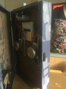 Interior shot of the guitar amp 1.