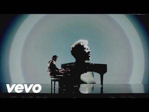 Labrinth ft. Emeli Sandé - Beneath Your Beautiful