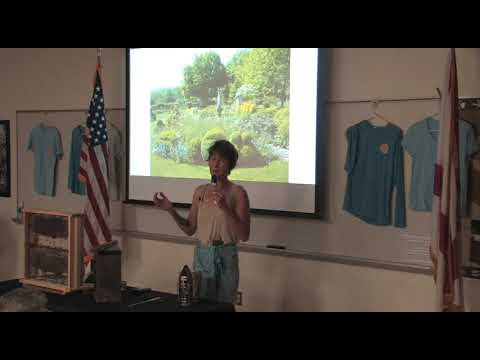 Tucka Saville talks to Palm Beach County Beekeepers in March 2019