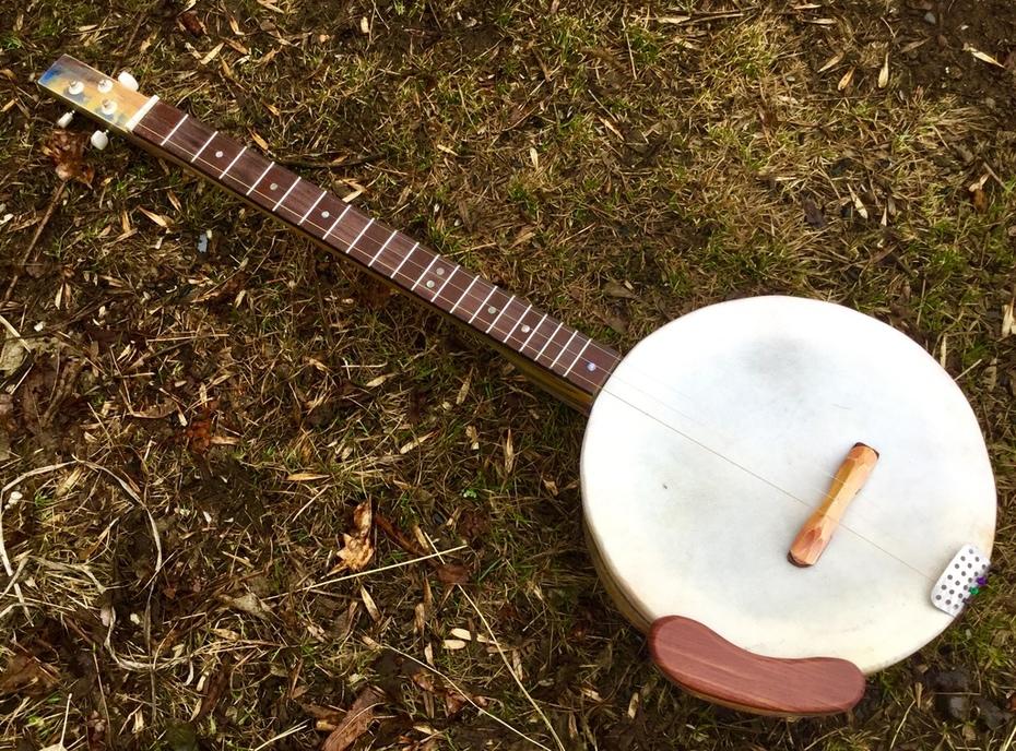 final banjo.
