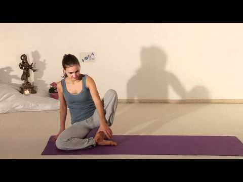 Sukhasana - getting into Meditation Pose - Silent Movie