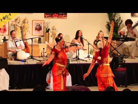 Mantra Video: The Love Keys und Anandini singen Govinda Jaya Jaya