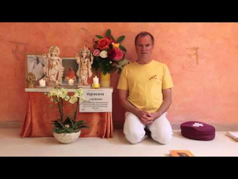 Vajrasana - Diamantensitz – Hatha Yoga Wörterbuch