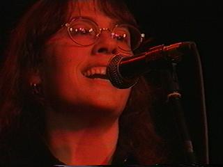 Johnna Sings