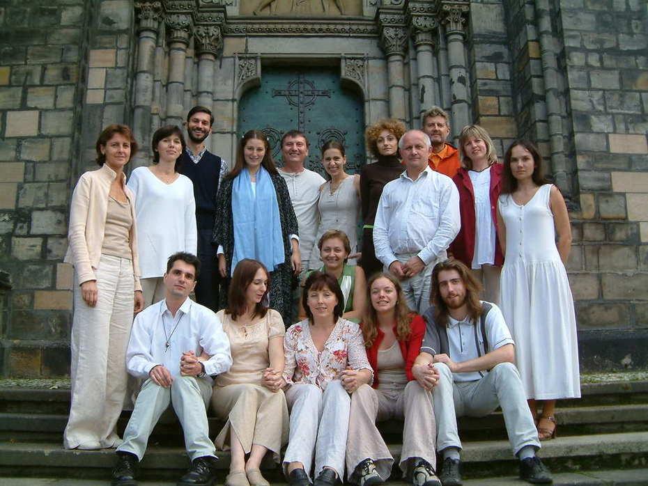 Overtone Choir Spektrum Prague 2004