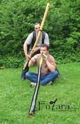 Foto  Fujara (Blahovez Gis) und Didgeridoo (Horst Rossdeutsch Cis)