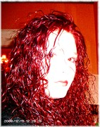 annie wicked red