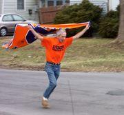 Syracuse Fan gone wild