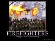 633532898874448669-firefighters