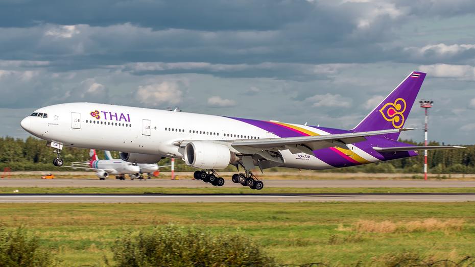 Boeing 777-2D7ER, HS-TJW, Thai Airways International
